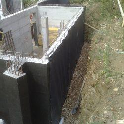 Riempimento dello scavo con materiale drenante