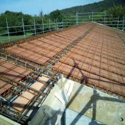 15 fase di costruzione del solaio del tetto