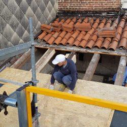 4 fase di smantellamento del tetto